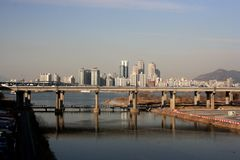 Eine Ansicht der Brücke in Seoul Lizenzfreie Stockfotos