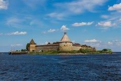 Eine Ansicht der Oreshek-Festung am Sommertag Lizenzfreies Stockfoto