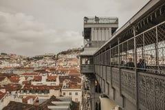 Eine Ansicht der Spitze des Santa Justa-Aufzugs, Lissabon, Portugal Lizenzfreie Stockfotografie