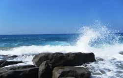 Eine Ansicht des Meeres vom Ufer Strand Lizenzfreie Stockfotos