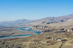 Eine Ansicht vom Berg an der alten Erbstadt Uplistsikhe Stockbild