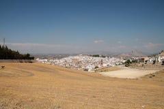 Eine Ansicht von Antequera und die Inder gehen voran Stockfotografie