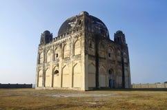 Eine Ansicht von Chor Gumbaz, Gulbarga, Karnataka-Staat von Indien lizenzfreie stockbilder
