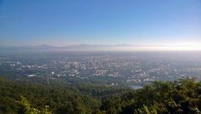 Eine Ansicht von einem Berg Lizenzfreies Stockbild