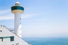 Eine Ansicht von Leuchtturm und von Meer Taejongdae in Busan, Korea Lizenzfreie Stockfotografie
