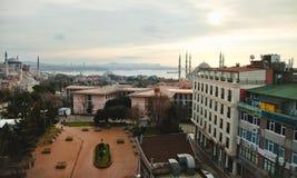 Eine Ansicht zu Sultan Ahmed Mosque und zu Hagia Sophia Stockbild