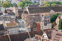 Eine Ansicht zur alten Stadt von der Kathedrale von Straßburg Lizenzfreies Stockfoto