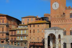 Eine Ansichtform Piazza Del Campo in Siena lizenzfreie stockfotos