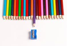 Eine Anzeige von farbigen Bleistiften Lizenzfreies Stockbild