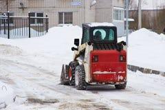 Eine automatisierte Schneeräumung lizenzfreie stockfotografie