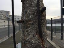 Eine Betonmauer Stockfotos