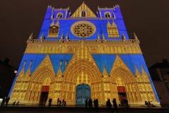 Eine blaue Kathedrale in Lyon Stockbild