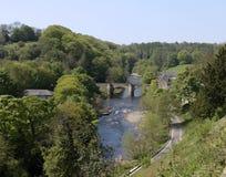 Eine Brücke über dem Fluss Swale Lizenzfreie Stockfotografie
