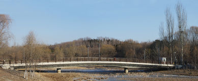 Eine Brücke im Winter Lizenzfreie Stockfotografie