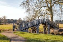 Eine Brücke zu weit? Stockfotos