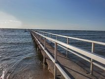 Eine Brücke zum Himmel stockfotografie