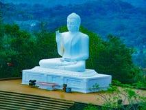 Eine Buddha-Statue Stockfotos