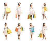 Eine Collage der Frauen im Weiß kleidet Holdingbeutel Lizenzfreie Stockfotos