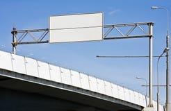 Eine Datenbahn einer Brücke stockfotografie