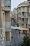 Eine der Straßen - Altbau Stadtbild Istanbuls sehr Stockbilder