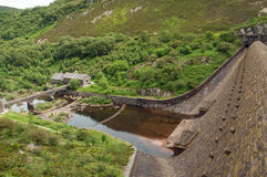Eine der Verdammungen in der Sommerzeit des Elantales von Wales Lizenzfreies Stockbild