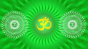Eine drehende Mandala mit einem Zeichen von Aum/OM/Ohm in den hellgrünen Farben stock footage