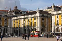 Eine Ecke im Handels-Quadrat. Lissabon. Portugal stockbild
