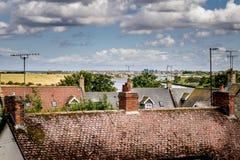 Eine erhöhte Ansicht von Dachoberteilen eines Dorfs lizenzfreies stockfoto