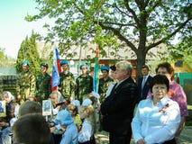 Eine ernste Sitzung zu Ehren Victory Days in Weltkrieg 2 kann 9, 2016 in der Kaluga-Region in Russland Lizenzfreies Stockbild