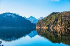 Eine erstaunliche Ansicht einer alpinen Landschaft Lizenzfreies Stockbild