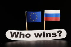 Eine Europäische Gemeinschaft gegen Russland ist auf dem Versuchen Tagesliste Europäischer Gemeinschaft erzwingen Kontingente geg lizenzfreies stockbild