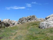 Eine felsige Landschaft auf Lihou in den Kanalinseln Stockbild