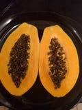 Eine frische und reife Papaya Stockbild
