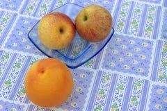 Eine Frucht ist gute zwei ist besser Stockbilder