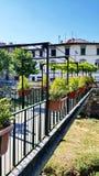 Eine Fußgängerbrücke in Florenz, Italien lizenzfreies stockfoto