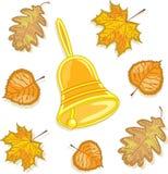 Eine Glocke und Herbstblätter, Abbildung Stockfotos