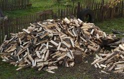Eine große Menge Brennholz Stockfotografie