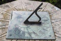 Eine große Steinsonnenuhr in Irland Lizenzfreies Stockfoto