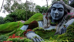 Eine große weibliche Statue in Chikkamagalur Lizenzfreies Stockfoto