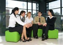 Eine Gruppe junge Geschäftsleute Stockbilder