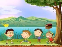 Eine Gruppe Jungen nahe dem Briefkasten vektor abbildung