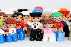 Eine Gruppe Lego Abbildungen Stockbild