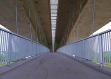 Eine hohe Brücke. Stockfoto