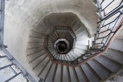Eine interessante Innenansicht des Leuchtturms von como lombardei stockbilder