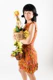 Eine junge Frau mit Dekoration Lizenzfreie Stockfotografie