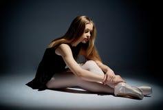 Eine junge wundervolle Ballerina Stockfotografie