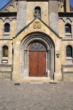 Eine Kapellentür stockbild