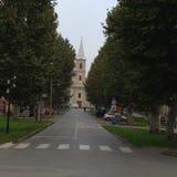 Eine kleine Dorfkirche Stockbilder