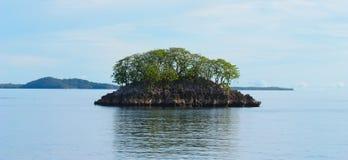 Eine kleine Insel Lizenzfreie Stockfotos