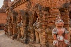 Eine kleine Skulptur Alte Tempel in Bagan, Myanmar Stockbild